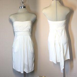 Kistmet White Strapless Summer Dress with Pockets,